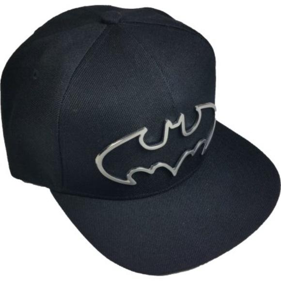 NWT BATMAN men s flat visor Ball Cap Metal Logo d7438cc9d10b